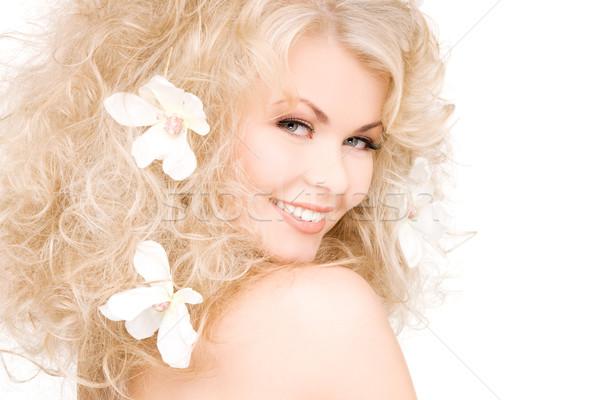 Vrouw bloemen haren foto gelukkig sexy Stockfoto © dolgachov