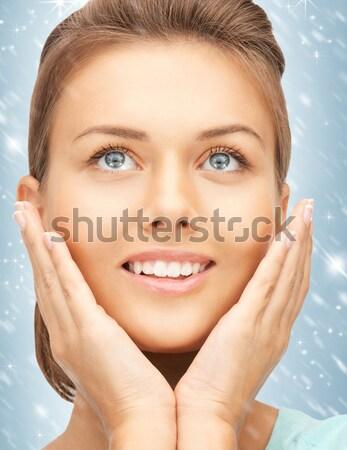 Mulher mãos polido unhas quadro Foto stock © dolgachov