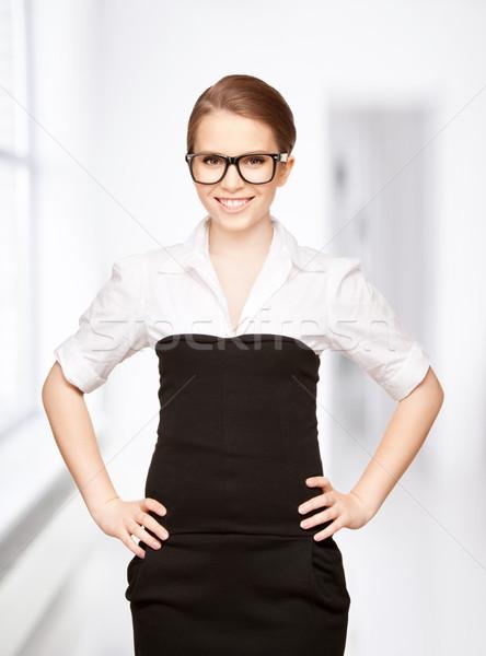 Gelukkig glimlachende vrouw heldere foto business vrouw Stockfoto © dolgachov