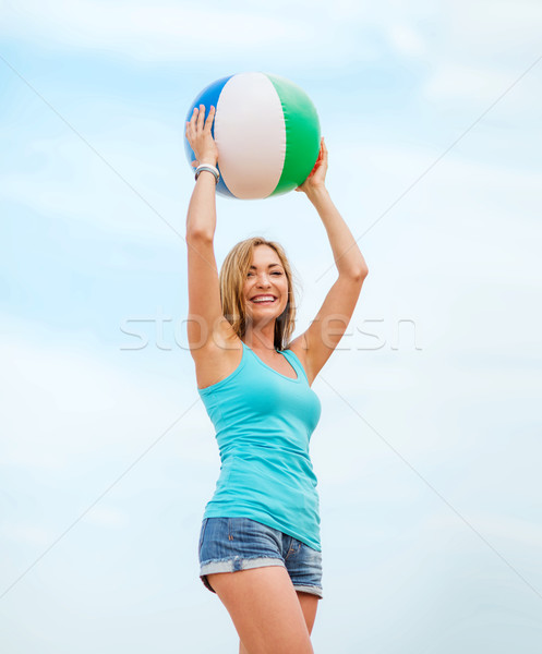 Stok fotoğraf: Kız · oynama · top · plaj · yaz · tatil