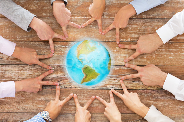 Zespół firmy zwycięstwo gest ludzi biznesu Zdjęcia stock © dolgachov