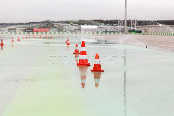 Forgalom nedves versenypálya versenyzés extrém stadion Stock fotó © dolgachov