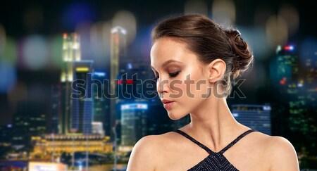 Belle jeunes asian femme boucle beauté Photo stock © dolgachov