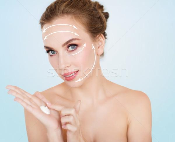 Stockfoto: Gelukkig · jonge · vrouw · room · hand · schoonheid