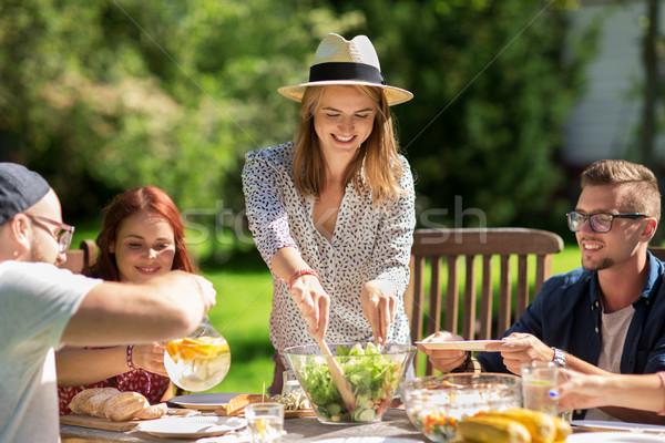 Mutlu arkadaşlar akşam yemeği yaz garden parti boş Stok fotoğraf © dolgachov