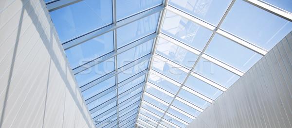 Modern bina cam çatı mimari inşaat Bina Stok fotoğraf © dolgachov