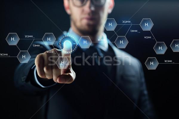 Wetenschapper virtueel chemische formule wetenschap Stockfoto © dolgachov