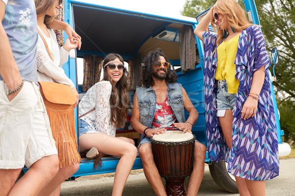 Felice hippie amici giocare musica Foto d'archivio © dolgachov