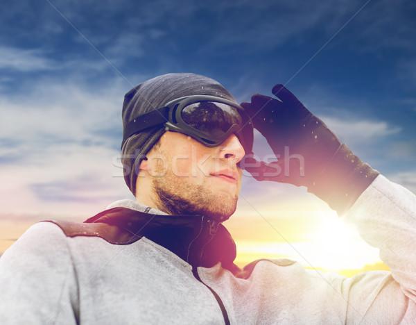 Sportok férfi síszemüveg tél kint emberek Stock fotó © dolgachov