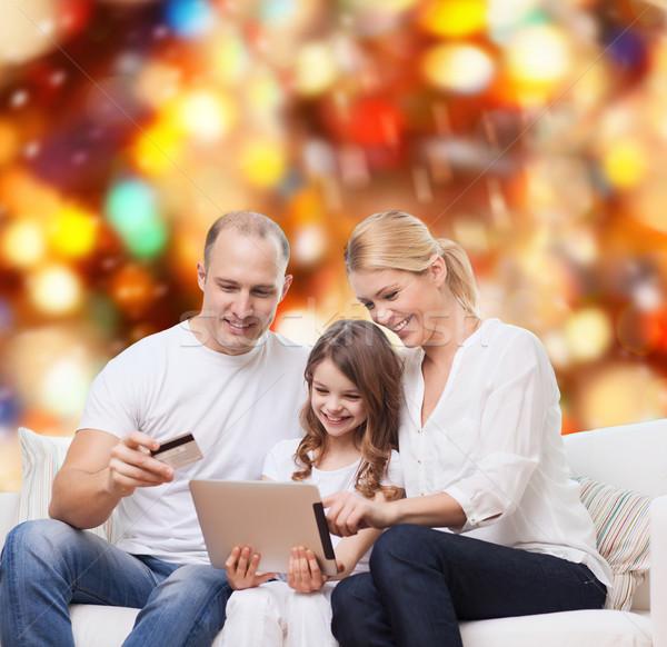 Foto stock: Família · feliz · cartão · de · crédito · família · férias · compras