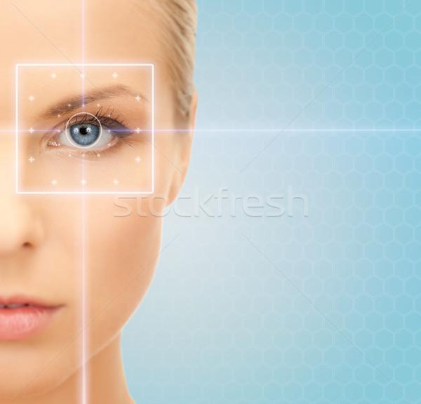 Foto stock: Belo · mulher · jovem · laser · luz · linhas · saúde