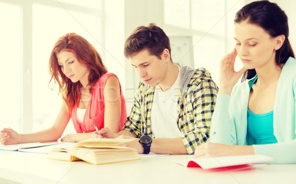 Moe studenten boeken school onderwijs Stockfoto © dolgachov