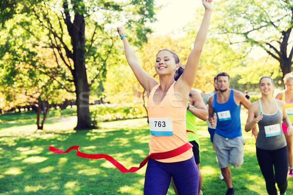 счастливым молодые женщины Runner победа гонка Сток-фото © dolgachov
