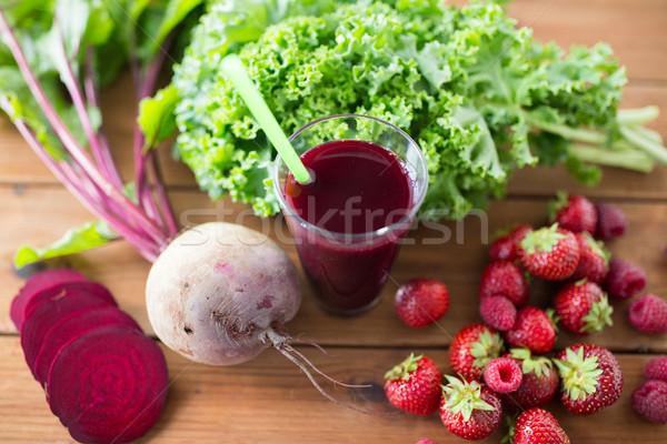 Szkła burak soku owoce warzyw zdrowe odżywianie Zdjęcia stock © dolgachov