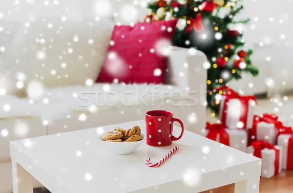 Noël cookies canne tasse vacances Photo stock © dolgachov