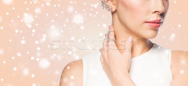 Imagine de stoc: Femeie · frumoasa · inel · cercel · Crăciun · concediu