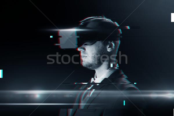 Człowiek faktyczny rzeczywistość zestawu okulary 3d cyberprzestrzeń Zdjęcia stock © dolgachov