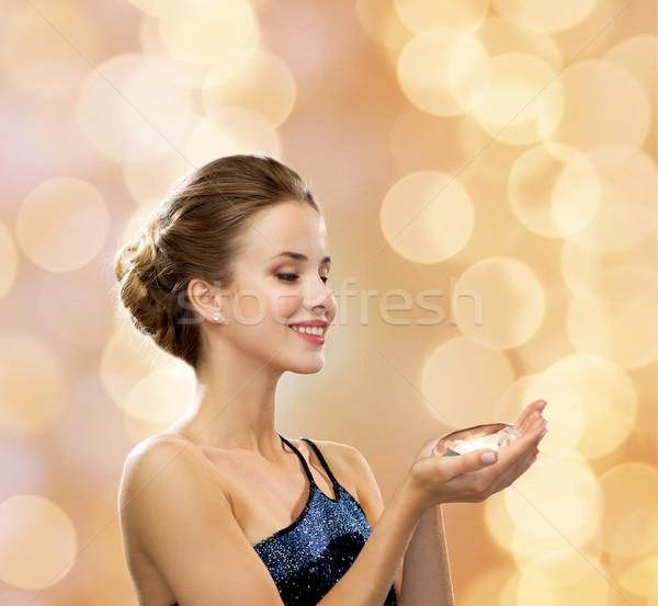 Sorrindo vestido de noite diamante pessoas férias glamour Foto stock © dolgachov