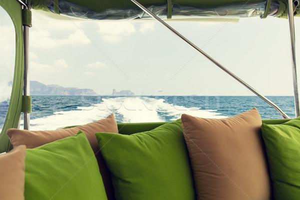 óceán kilátás tábla vitorlázik csónak jacht Stock fotó © dolgachov