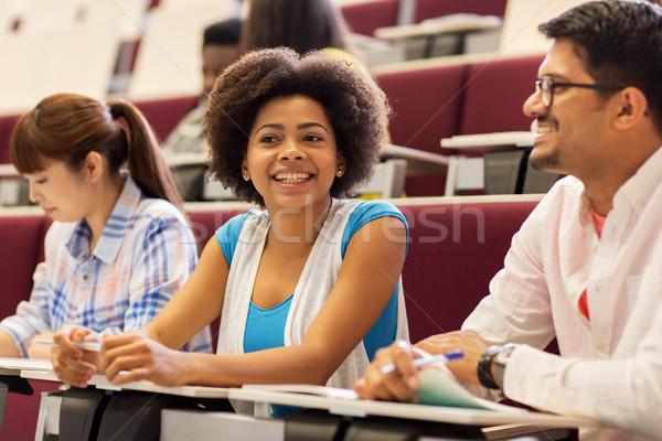 Grup Öğrenciler ders salon eğitim Stok fotoğraf © dolgachov