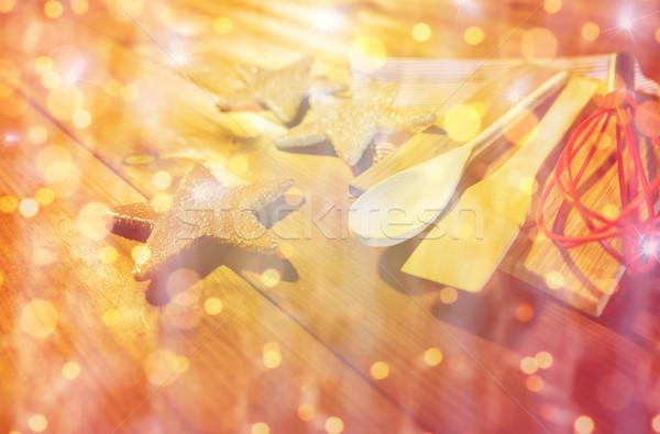 Közelkép mézeskalács sütés konyhai felszerelés szett főzés Stock fotó © dolgachov