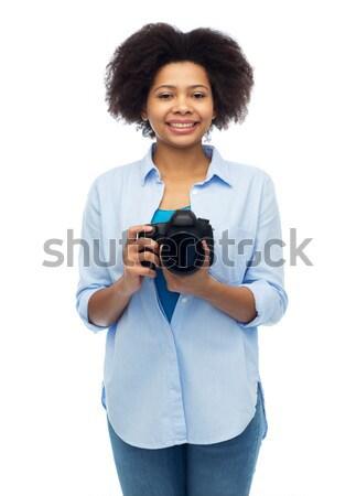 Felice african american donna fotocamera digitale persone fotografia Foto d'archivio © dolgachov