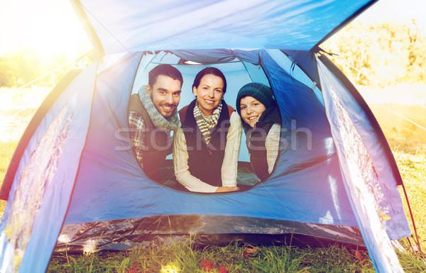 Boldog család sátor tábor helyszín utazás turizmus Stock fotó © dolgachov