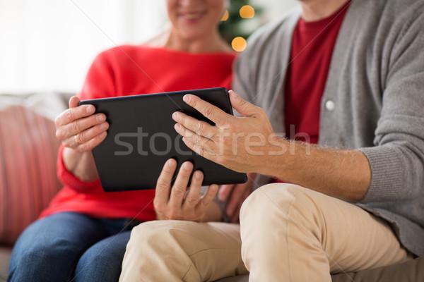 Stock fotó: Idős · pár · táblagép · karácsony · ünnepek · emberek · közelkép