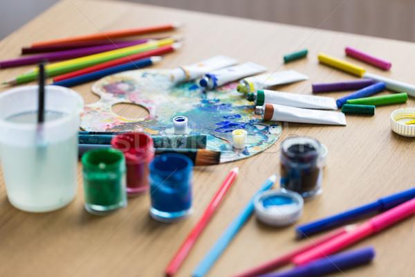 Palette malen Rohre Tabelle Kreativität Stock foto © dolgachov
