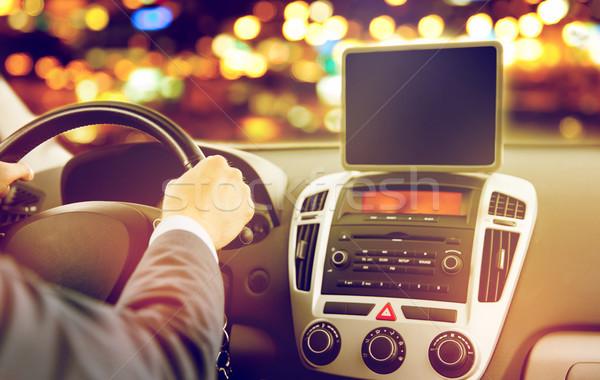Genç sürücü araba taşıma Stok fotoğraf © dolgachov