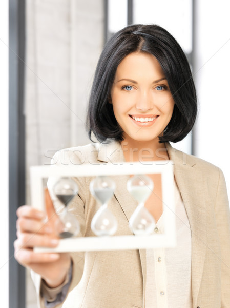 Kobieta interesu klepsydry zdjęcie atrakcyjny kobieta Zdjęcia stock © dolgachov