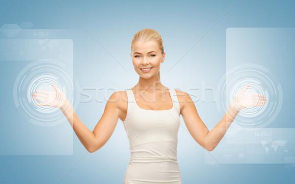 Işkadını dokunmak sanal ekran resim çekici Stok fotoğraf © dolgachov