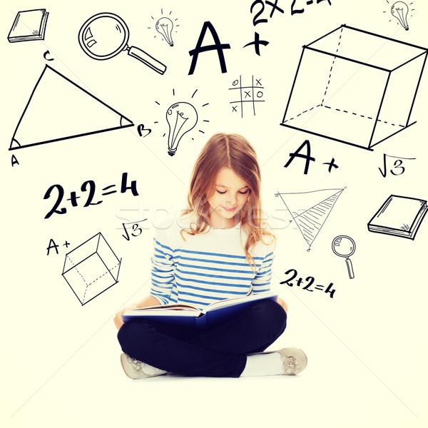 ストックフォト: 学生 · 少女 · 勉強 · 読む · 図書 · 教育