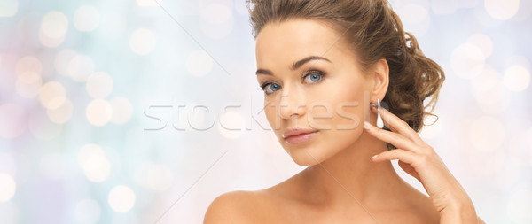 Kobieta diament kolczyki ludzi piękna biżuteria Zdjęcia stock © dolgachov