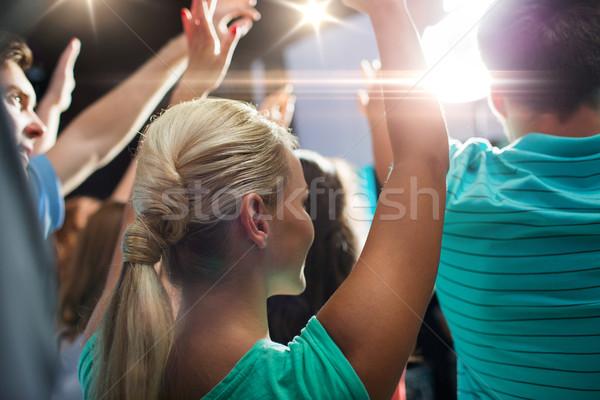 Gelukkige mensen concert nachtclub partij vakantie Stockfoto © dolgachov
