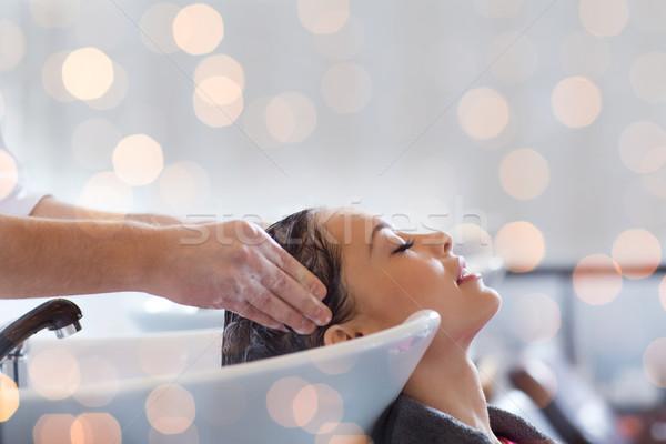 Mutlu genç kadın kuaför güzellik saç bakımı insanlar Stok fotoğraf © dolgachov