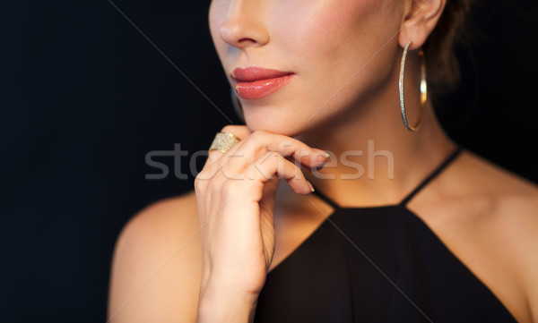 Mujer hermosa negro diamantes joyas personas Foto stock © dolgachov