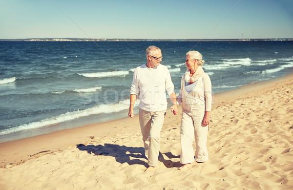 Сток-фото: счастливым · ходьбе · лет · пляж · семьи