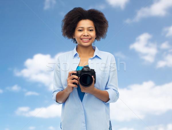 счастливым афроамериканец женщину цифровая камера люди фотографии Сток-фото © dolgachov