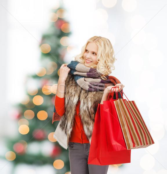 Genç kız kış elbise perakende satış Stok fotoğraf © dolgachov
