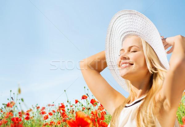 улыбаясь соломенной шляпе мак области счастье Сток-фото © dolgachov