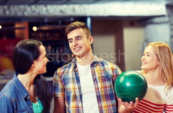 счастливым друзей боулинг клуба люди отдыха Сток-фото © dolgachov