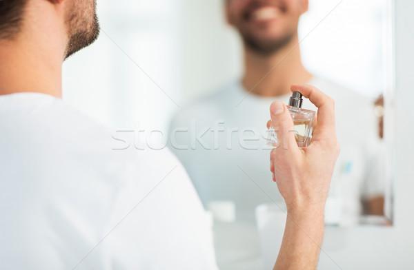 Adam parfüm banyo parfümeri güzellik Stok fotoğraf © dolgachov