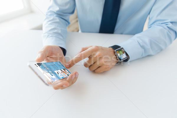 Eller izlemek iş teknoloji Stok fotoğraf © dolgachov