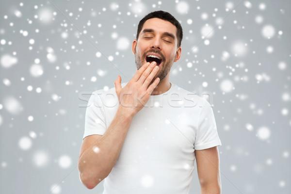 ásít férfi hó tél karácsony emberek Stock fotó © dolgachov