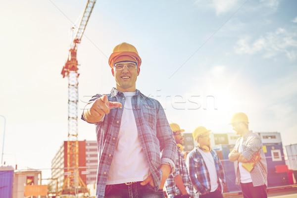 Stock fotó: építők · mutat · ujj · építkezés · üzlet · épület