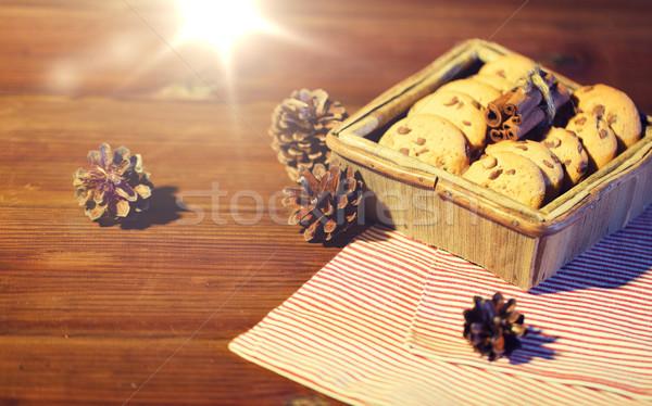 Közelkép karácsony zab sütik fa asztal sütés Stock fotó © dolgachov