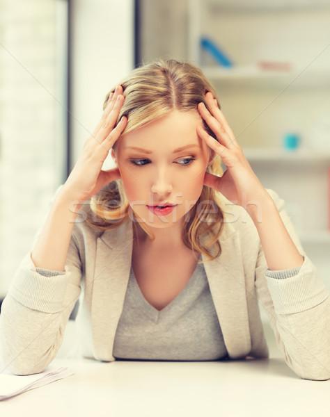Stockfoto: Vervelen · moe · vrouw · achter · tabel