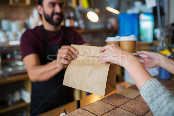 男 バーテンダー 顧客 コーヒーショップ 中小企業 ストックフォト © dolgachov