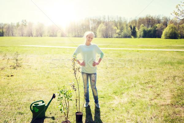 幸せ 小さな 女性 屋外 人 ストックフォト © dolgachov